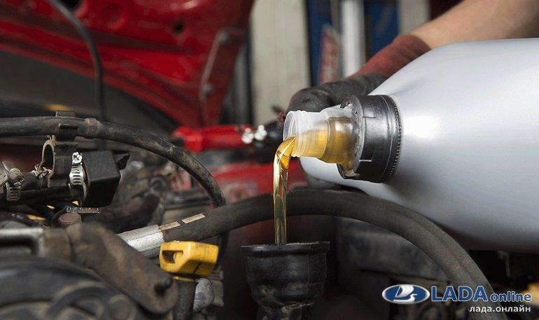 Замена масла в двигателе Лада Веста