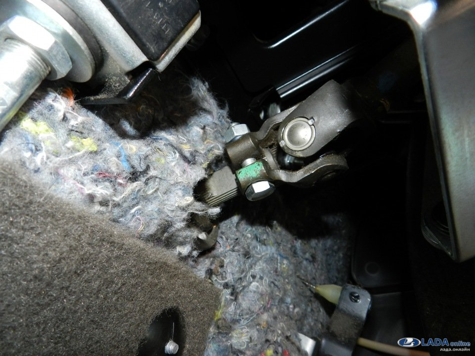 Решаем проблему стука рулевой рейки Лада Гранта, Калина или Приора