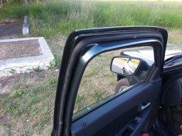 1438148147 dv1 - Уплотнитель для дверей гранта седан