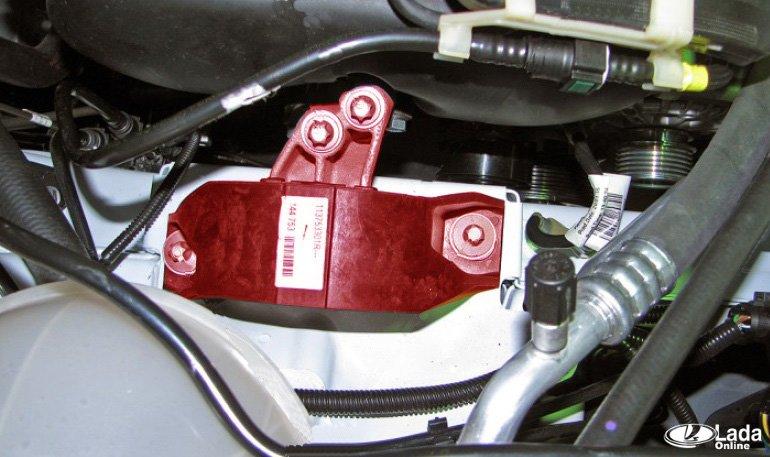 Замена подушек двигателя ВАЗ 21129 и HR16 (Лада Веста и XRAY) » Лада.Онлайн