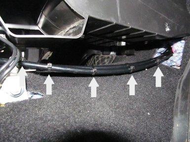 Лада гранта показать как заменить скоростные тросик