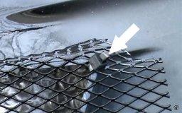 крепление сетки к решетке радиатора хомутами Лада Приора, Калина, Гранта