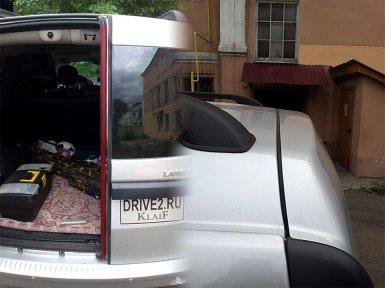 установка дополнительного уплотнителя в багажнике Лада Ларгус
