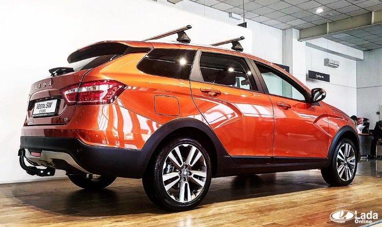 Lada Vesta SW Cross продают только сльным оборудованием