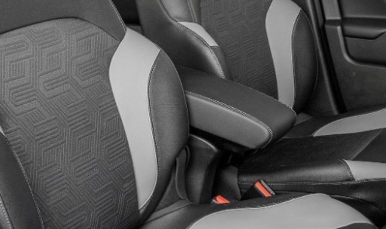 Как установить штатный подлокотник от Lada XRAY Cross в обычную версию кроссовера » Лада.Онлайн