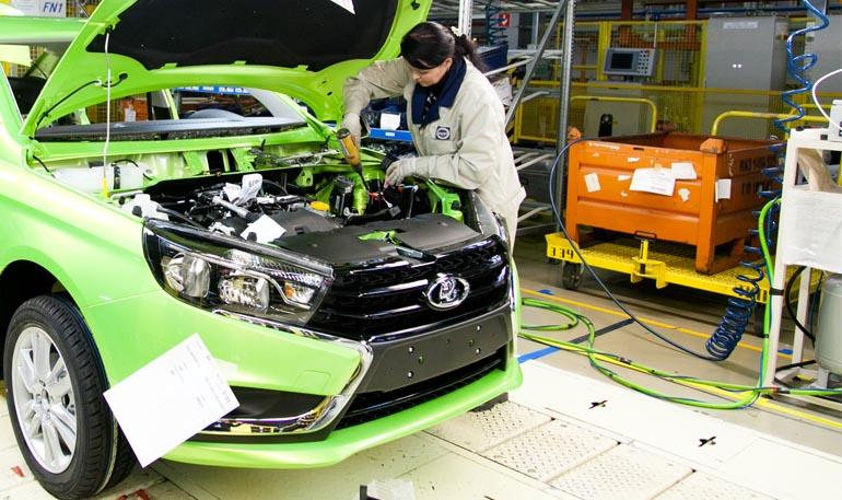 Какие технические жидкости залиты с завода на Lada Vesta
