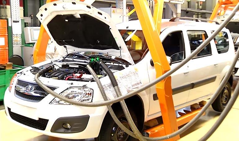 Какие технические жидкости залиты с завода на Lada Largus