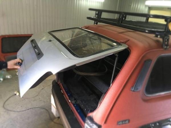 Купить пластиковую заднюю дверь для Lada 4x4